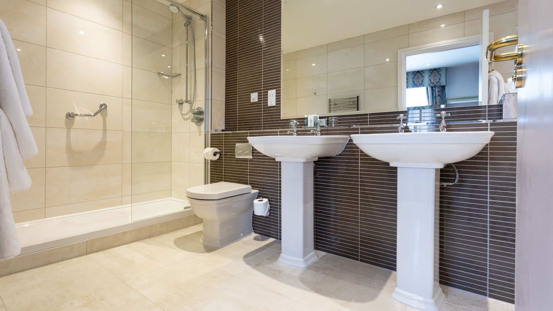 Swans-Nest-Shakespeare-Suite-Bathroom-16_1920x1080